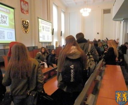 Lekcja  wiedzy o społeczeństwie w Urzędzie Marszałkowskim (11)