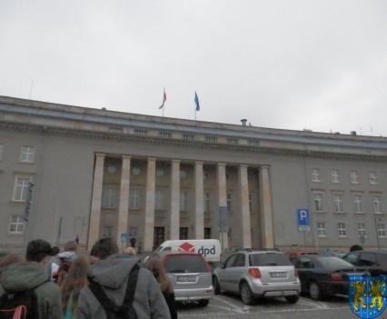Lekcja  wiedzy o społeczeństwie w Urzędzie Marszałkowskim (2)