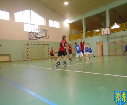 Półfinał powiatowy mini koszykówki (3)