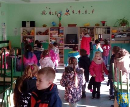Przedszkolaki poszły do szkoły (1)