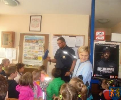 Przedszkolaki trafiły na policję (3)