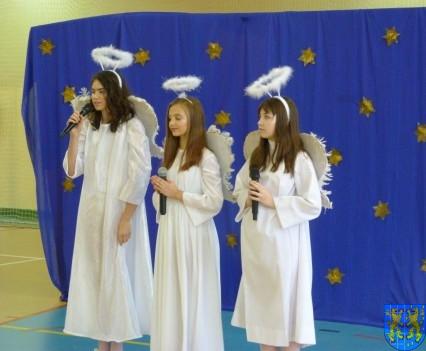 Jasełka Bożonarodzeniowe w kamienieckiej szkole (1)
