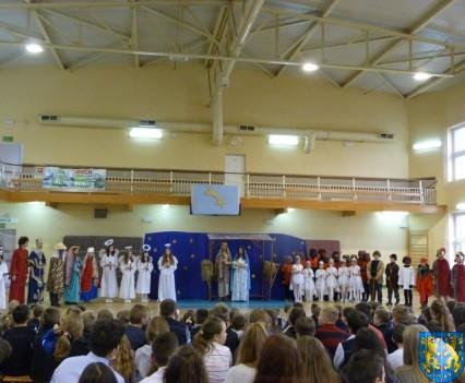 Jasełka Bożonarodzeniowe w kamienieckiej szkole (21)