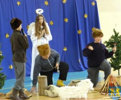 Jasełka Bożonarodzeniowe w kamienieckiej szkole (4)