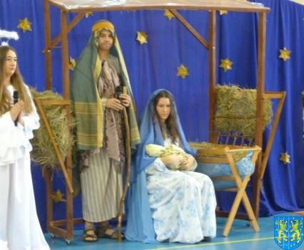 Jasełka Bożonarodzeniowe w kamienieckiej szkole (5)