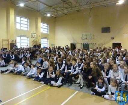 Jeden z najpiękniejszych dni w życiu szkoły (10)