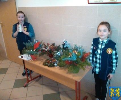 Szkolny kiermasz bożonarodzeniowy (14)