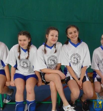 Finał powiatowy mini siatkówki dziewcząt  (4)