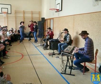 A potem wyruszą na Festiwal Piknik Country Folk w Mrągowie (6)