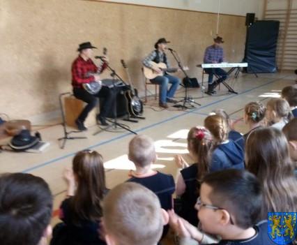 A potem wyruszą na Festiwal Piknik Country Folk w Mrągowie (8)