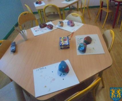 Malowanie kamieni zabawa dla małych artystów (1)