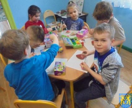 Malowanie kamieni zabawa dla małych artystów (5)