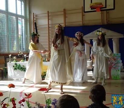 Wiosenny przegląd klasowych zespołów teatralnych (5)