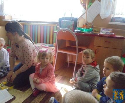Dzieci kochają zwierzęta (5)
