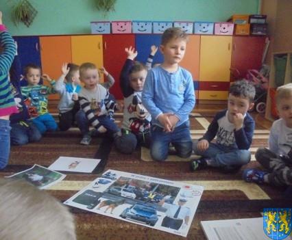 Dzieci kochają zwierzęta (6)