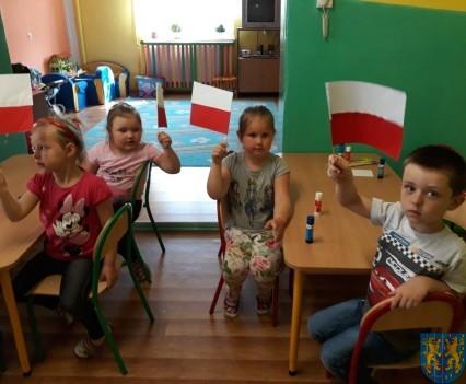Lekcja patriotyzmu wśród przedszkolaków (11)