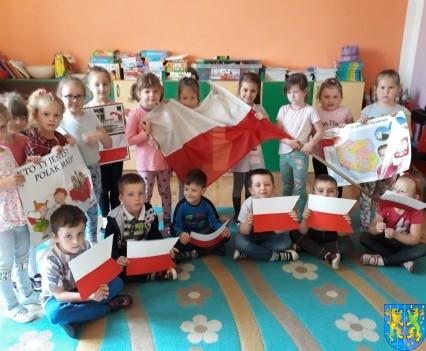 Lekcja patriotyzmu wśród przedszkolaków (5)