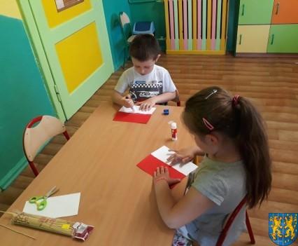 Lekcja patriotyzmu wśród przedszkolaków (8)