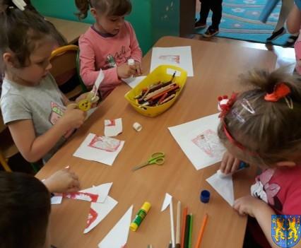 Lekcja patriotyzmu wśród przedszkolaków_ (11)