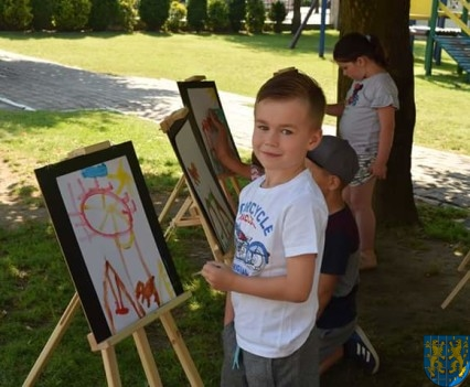 Przedszkolaki pięknie malują (16)