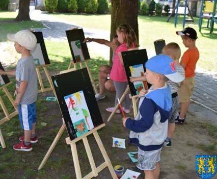 Przedszkolaki pięknie malują (32)