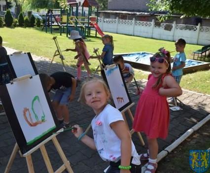 Przedszkolaki pięknie malują (4)