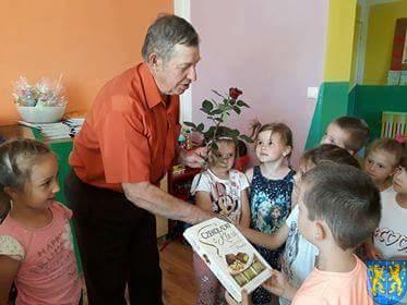 Pszczelarz w Baśniowej Krainie (32)