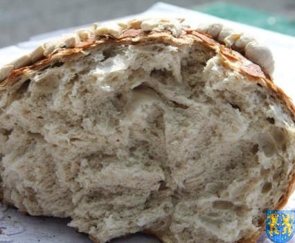 Światło pszennego chleba (245)