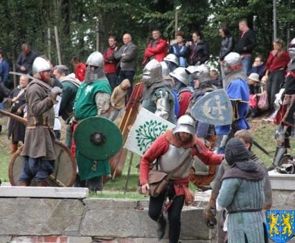 Bieg wystawa bitwy i koncerty (152)