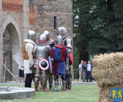 Bieg wystawa bitwy i koncerty (155)