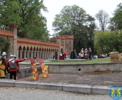 Bieg wystawa bitwy i koncerty (158)