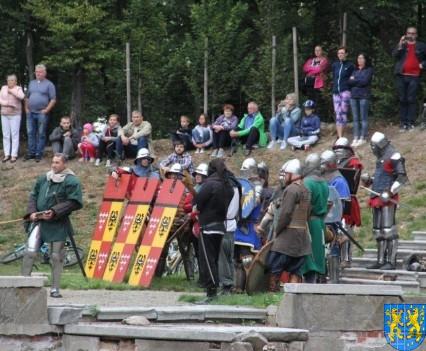 Bieg wystawa bitwy i koncerty (159)