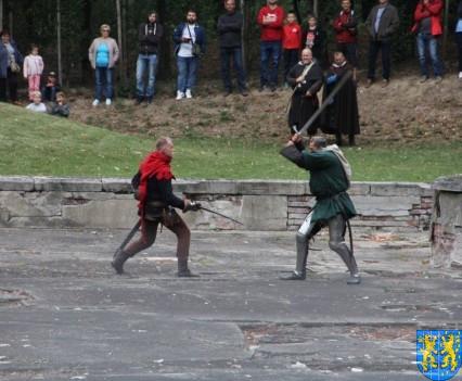 Bieg wystawa bitwy i koncerty (161)