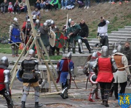 Bieg wystawa bitwy i koncerty (168)