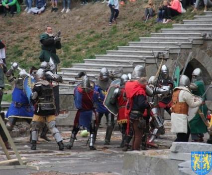 Bieg wystawa bitwy i koncerty (169)