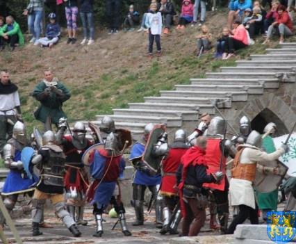 Bieg wystawa bitwy i koncerty (170)