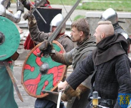 Bieg wystawa bitwy i koncerty (176)