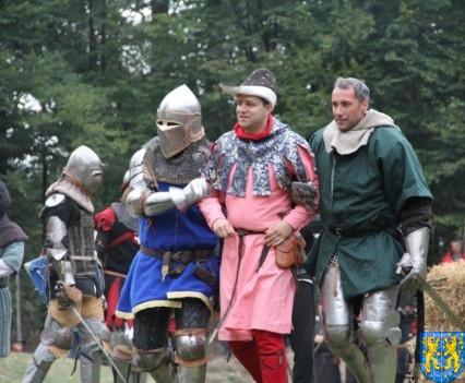 Bieg wystawa bitwy i koncerty (192)