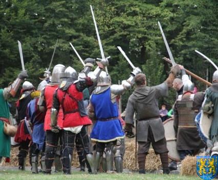 Bieg wystawa bitwy i koncerty (197)