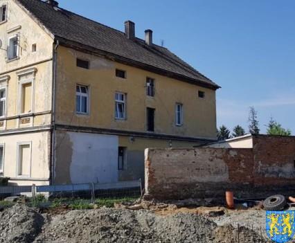 Nowy plac targowy w Kamiencu Zabkowickim (11)