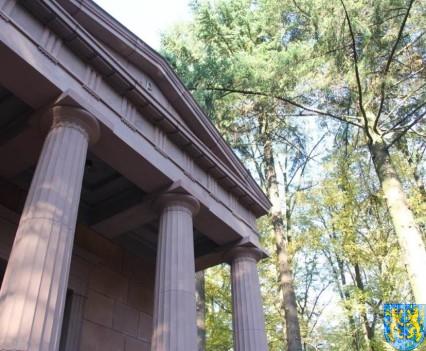 Mauzoleum w Kamieńcu Ząbkowickim odnowione i dostępne (13)