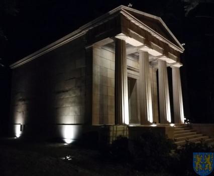 Mauzoleum w Kamieńcu Ząbkowickim odnowione i dostępne (4)