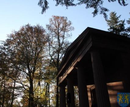 Mauzoleum w Kamieńcu Ząbkowickim odnowione i dostępne (60)