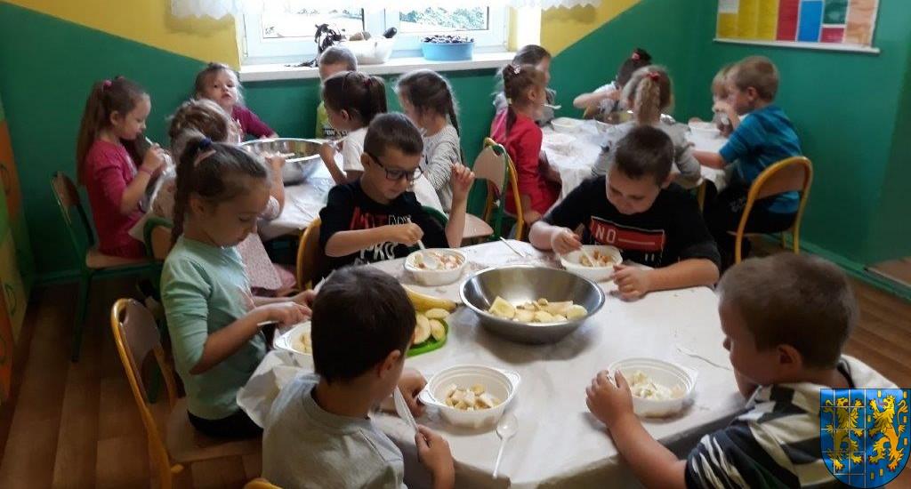 Owocowe szaleństwo Tygrysków w Baśniowej Krainie (13)