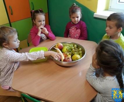 Owocowe szaleństwo Tygrysków w Baśniowej Krainie (4)