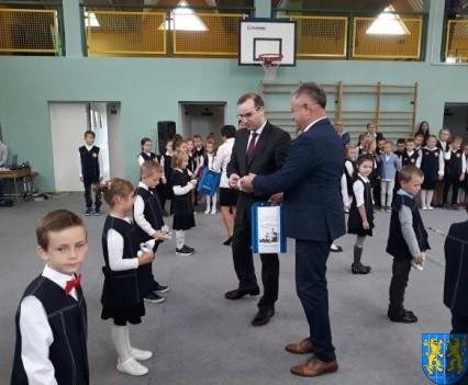 Pasowanie Pierwszoklasistów w Szkole Podstawowej nr 2 (10)