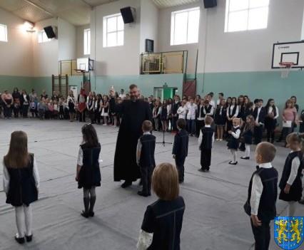 Pasowanie Pierwszoklasistów w Szkole Podstawowej nr 2 (4)