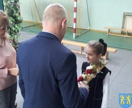 Pasowanie Pierwszoklasistów w Szkole Podstawowej nr 2 (42)