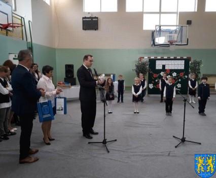 Pasowanie Pierwszoklasistów w Szkole Podstawowej nr 2 (8)