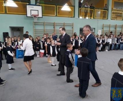 Pasowanie Pierwszoklasistów w Szkole Podstawowej nr 2 (9)